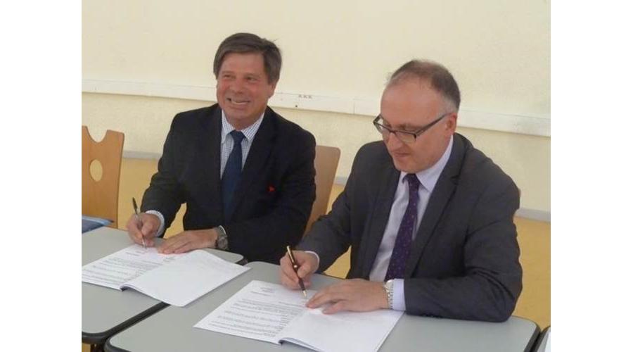 partenariat lyc u00e9e cuvier de montb u00e9liard et club affaires