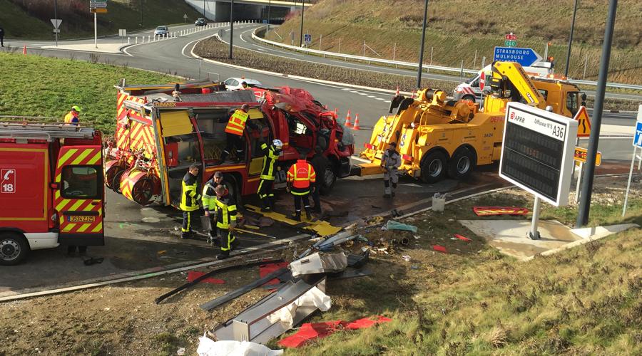 accident-pompiers-100216b