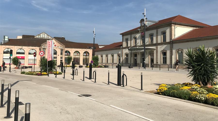gare-montbeliard-parvis