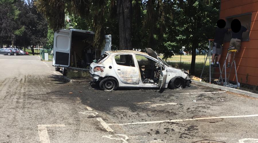 incendie-voiture-040779