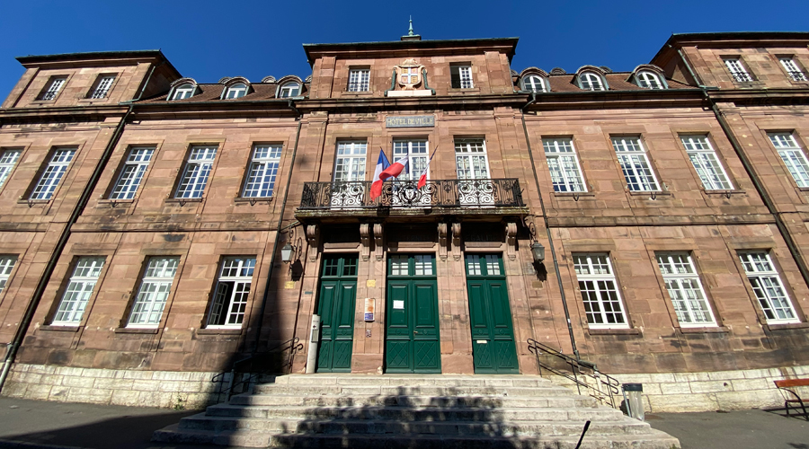 montbeliard-hotel-de-ville-mairie-02